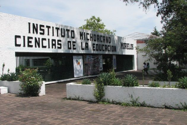 Al dar apertura al semestre escolarizado febrero-junio 2016, el director general de la institución, Javier Irepan Hacha, dejó en claro que se pretende continuar con un buen funcionamiento institucional, en ...