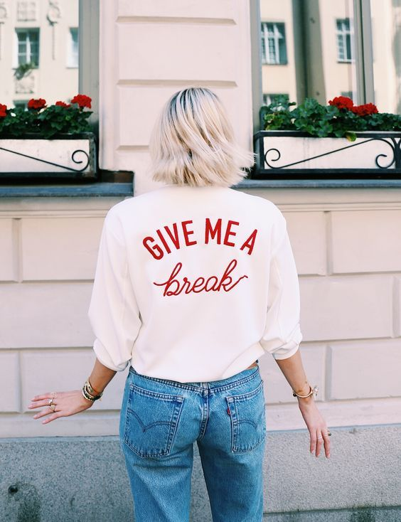 We love this cool retro statement sweat. We all need a break once in a while.