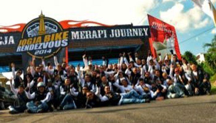 HDCI Bogor Santuni Anak Disabilitas & Panti Asuhan. BOGOR (Pos Kota) – Mempererat persaudaraan dalam rangka menyambut Hari Jadi Bogor (HJB) ke 533 pada 3 Juni dan ulang tahun ke-3 berdirinya Harley-Davidson Club Indonesia wilayah Bogor (HDCI Bogor) yang jatuh pada 5 Juni, beberapa acara disiapkan. Beragam acara HDCI ini, untuk mempererat persaudaraan diantara masyarakat Bogor.  #BOGORBIKEWEEK2015 by #HDCIBogor