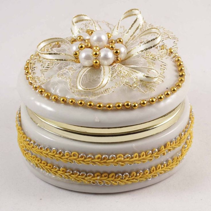 White and Gold Trinket Box with Fancy Bow
