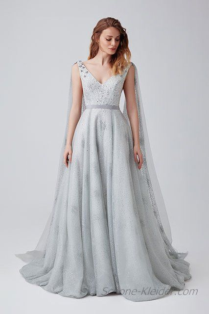 Funkelnde Einzigartige Ballkleider für 2019 – Ziemlich Kleider für den   trendige Styling Ideen für Damen  #kleiderabendskleider