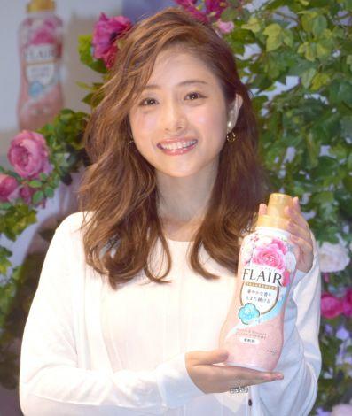 CMで共演したアイラ・ローズちゃんにメロメロだった#石原さとみ Satomi Ishihara (C)ORICON NewS inc.