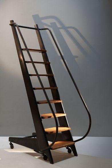 Jean Prouvé, échelle de bibliothèque