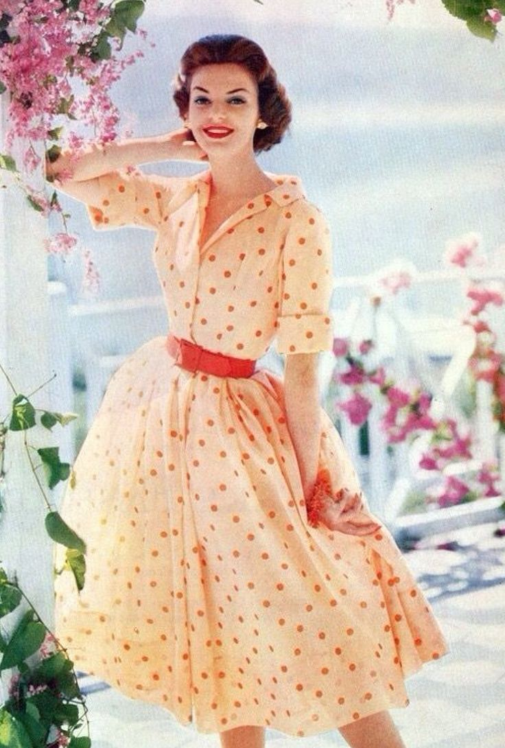 Love this shirtwaist dress from late 50s/early 60s.
