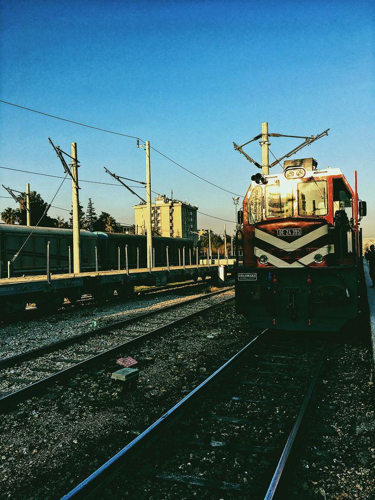 Trains.. (Red Wagon) 🚂