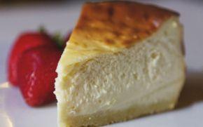 Afla reteta delicioasa de pasca cu branza si smantana, care nu trebuie sa lipseasca de pe masa de Paste!