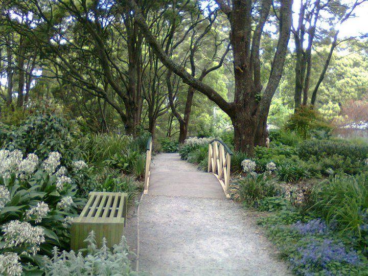 Beautiful garden path in the Dandenong Ranges (Mt. Dandenong, Melbourne, Victoria, Australia)