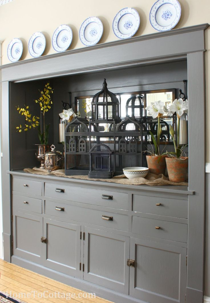 HomeToCottage.com sideboard fillers (how to style)