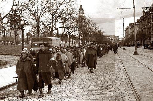 Spain 1939 gc madrid una columna de prisioneros for Direccion madrid espana