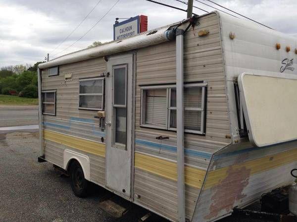 Vintage Shasta Camper 17 Ft