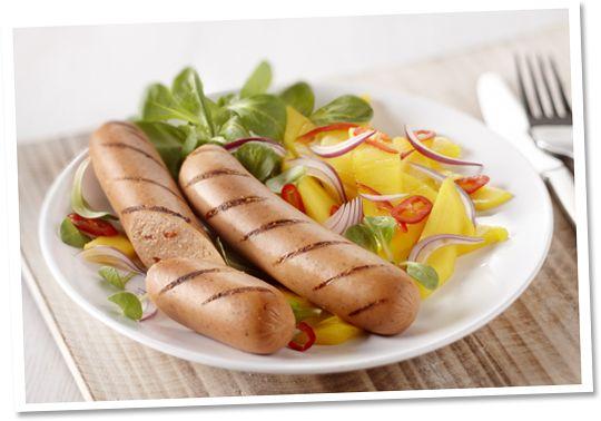 Pittige worst met mangosalade #Tivall #vegetarisch #recept