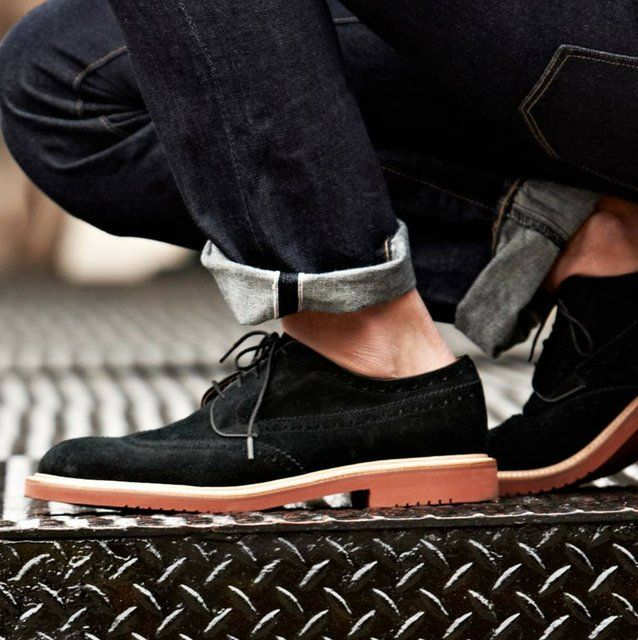 The importance of knowing your suede bucks from your suede chukkas. http://pict.com/p/Bl3