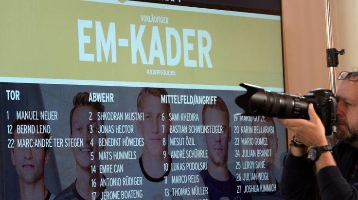 Das ist der vorläufige EM-Kader von Joachim Löw -   27 Mann hat Joachim #Loew für den vorläufigen EM-Kader nominiert, 4 muss er noch streichen;D http://www.welt.de/sport/fussball/em-2016/article148617442/Spielplan-amp-Termine-zur-Fussball-EM-2016-in-Frankreich.html