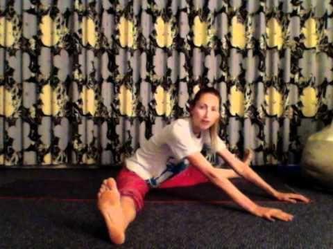 ▶ Very Gentle Morning Yoga with Tara Stiles - YouTube