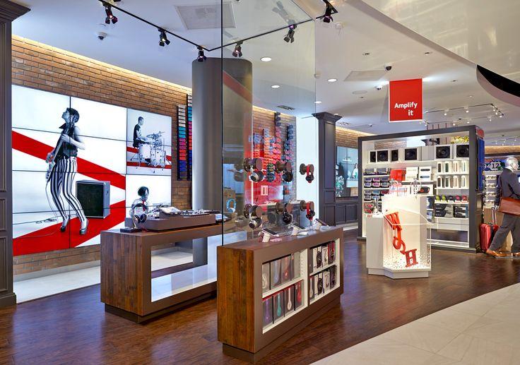 17 best images about retail concepts pop up stores on for Magasins de robe de mariage portland oregon