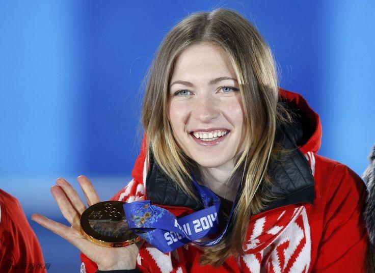 ▼16Feb新浪网|白俄罗斯金牌女孩 http://slide.sports.sina.com.cn/o/slide_2_53064_61096.html#p=2 #sochi2014 #biathlon #Domracheva #Belarus
