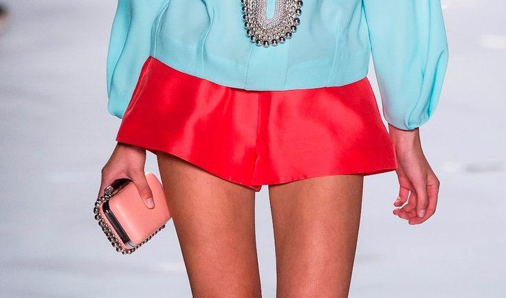 http://www.jenny.gr/trend-alert-shorts/