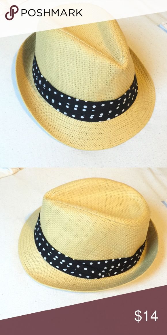 FOREVER 21 straw fedora with polka dot band ✨ FOREVER 21 straw fedora with polka dot band. One size. ✨ Forever 21 Accessories Hats
