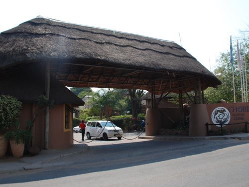 """""""CHOBE MARINA LODGE"""" IS PERFECT FOR FAMILY TRIP!!"""