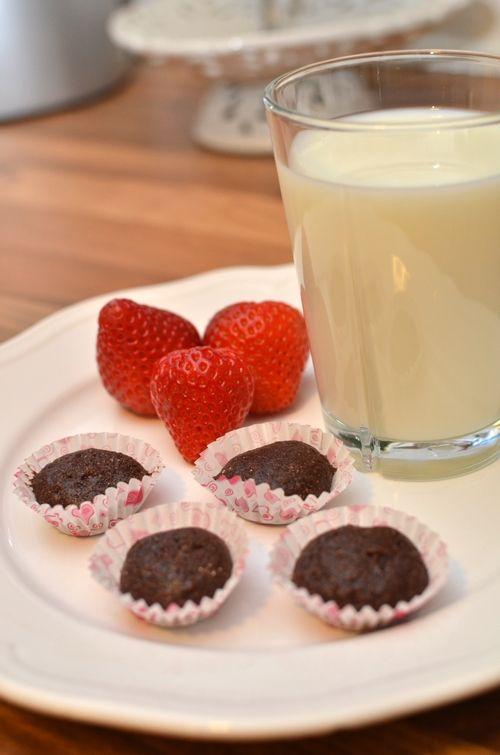 Farlig gode sjokoladekake-proteinkuler (Bakekona)