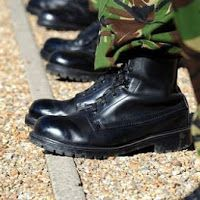 To bullying στον Στρατό: Μια καταγγελία από το ΚΕΤΘ Αυλώνας read more http://thivarealnews.blogspot.gr/2016/02/eidiseis_43.html