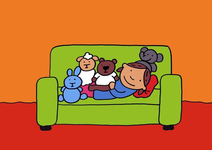 """Verhaal: Jij mag er ook bij - prent 6 """"Nu is er minder plaats om te liggen maar … met schaap, beer, konijn en olifant erbij voelt Marieke zich niet meer alleen."""" Wat is het daar gezellig!"""