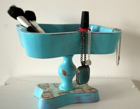 Upcycled vintage jewelry tray by Happy Day Vintage #vintage, #upcycle, #jewelry