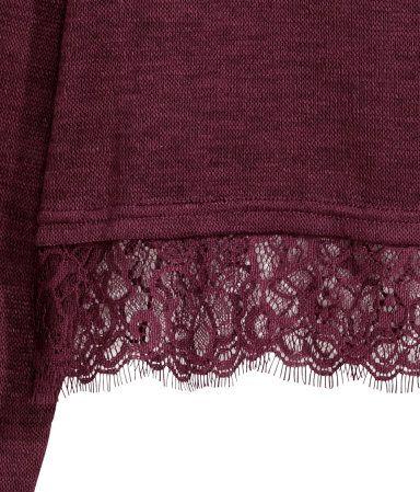 Finstickad tröja med spetskant | Vinröd | DAM | H&M SE