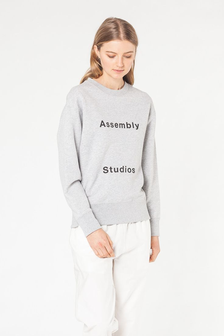 SWEATS & KNITS - WOMENS Assembly Label