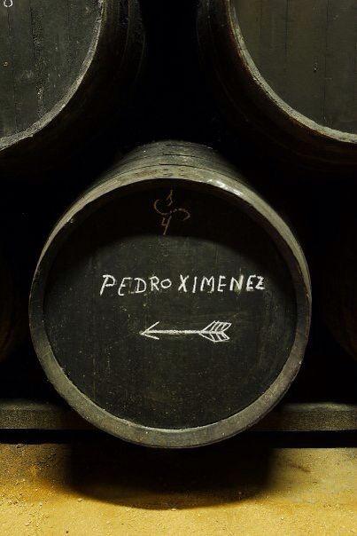 Bota de la solera de Pedro Ximénez. Bodegas Urium. Vinos de Jerez. Sherry Wines