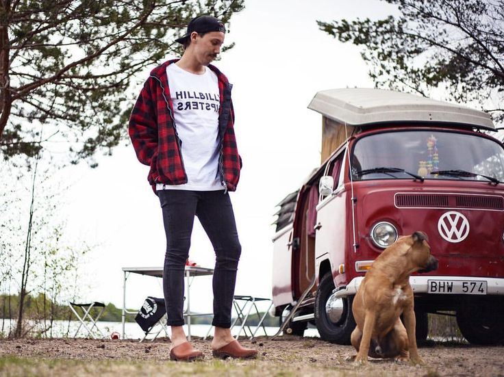 The Hillbilly Hipsters collection from Hello Pollo  Organic scandinavian streetwear – Approved by the Country! #hellopollo #approvedbythecountry #hillbillyhipsters #organicstreetwear #streetwear #organic #urbanfashion #fashion #hillbilly #hipster #spring #tshirt #tee #clogs #swedishwoodenclogs #woodenclogs #news #newcollection #summercollection #summer #sweden #roadtrip #volkswagencamper #campervan #camper #van #amstaff #dog