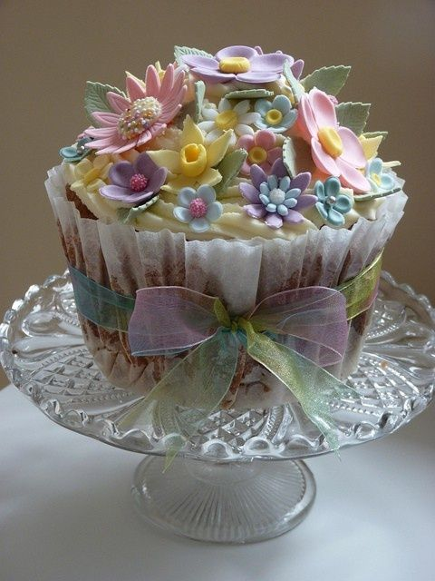 English Garden Tea Cake (idea, no instructions, but I think you get an idea~frost, embellish, and tie a gorgeous bow)