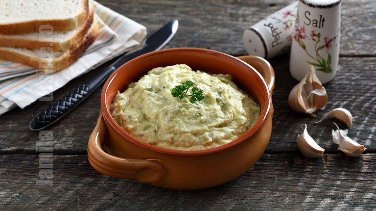 Salata de dovlecei cu maioneza (CC Eng Sub) | JamilaCuisine