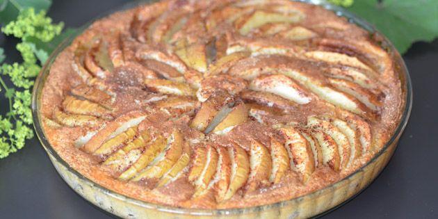 Bagt æblekage med kanel