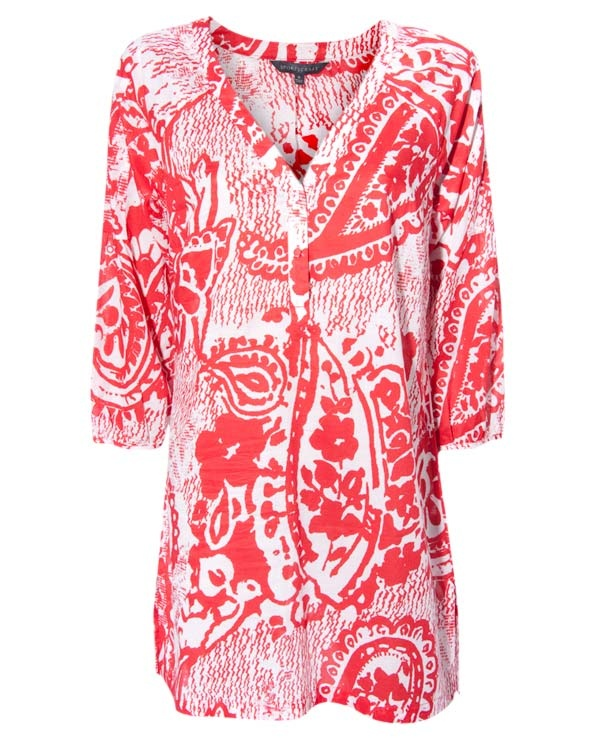 Love a gorgeous Kaftan.  http://www.hereiamloulou.com/2011/11/friday-fashion.html