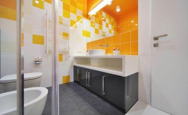 Дизайн интерьера ванной комнаты «Геометрия цвета»