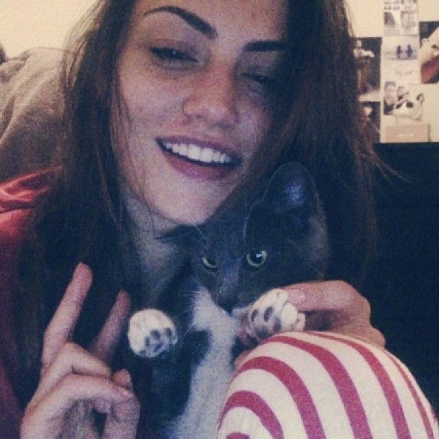 17 best images about phoebe tonkin on pinterest cropped for Phoebe tonkin tattoo