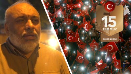 """Halkın etten duvarına tanklar karşı gelemedi  FETÖ tarafından gerçekleştirilen 15 Temmuz darbe girişimi sırasında İstanbul Emniyet Müdürlüğü'nde hainlere karşı duran İHH Başkanı Bülent Yıldırım, """"Biz bu darbeyi durdururken, İslam sokakları adına da bu mücadeleyi verdik"""" dedi."""