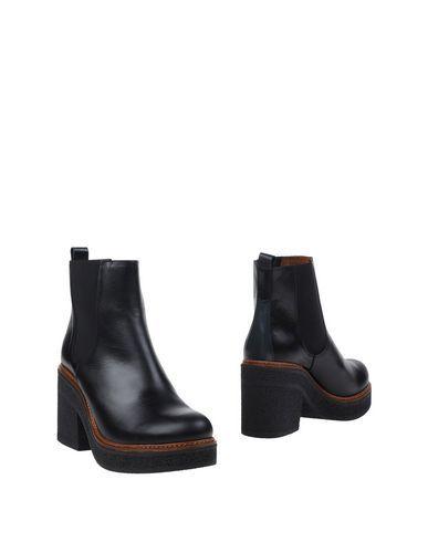 Vienty Μποτάκια Γυναίκα στο YOOX. Η καλύτερη online συλλογή από  Vienty. YOOX αποκλειστικά προϊόντα Ιταλών και διεθνών designer - Ασφαλείς πληρωμές - Δωρεάν Επιστροφές