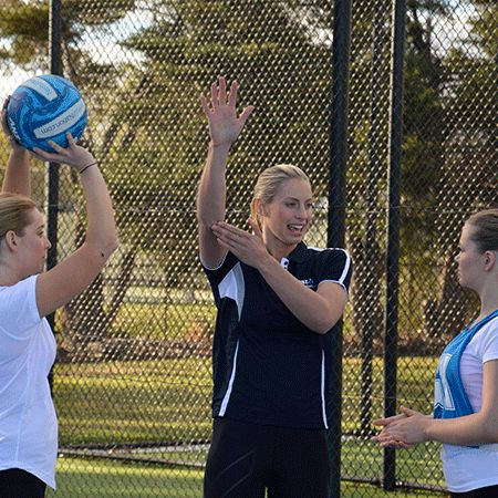 Laura's Coaching Tips | Netball Nation