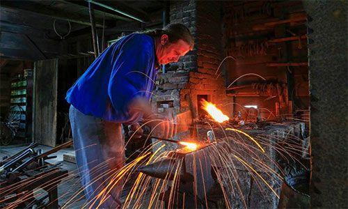 Five Hour Forge - Blacksmith Workshop | Sherbrooke Village