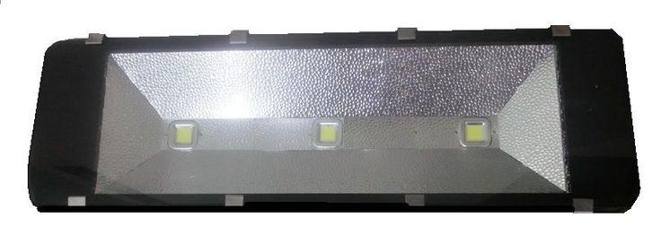 LED Fluter Außen strahler Scheinwerfer 10 30 50 100 bis 300 Watt W Flutlicht IP6 | eBay