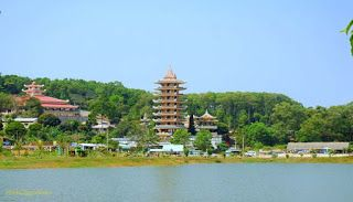 Sai Gon – Long Xuyen – Chau Doc – Ha Tien – Can Tho – Vinh Long – Sai Gon 4 days 3 nights