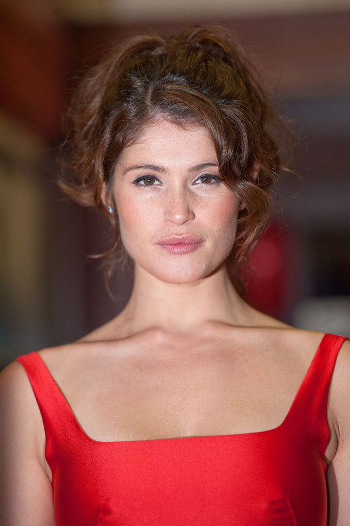 Engaging Gemma Arterton ...De luxe Hairstyles...