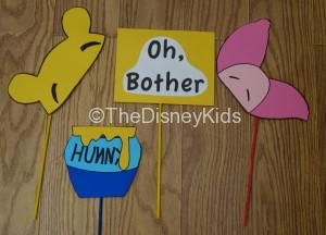 We used card stock and dowels to create our Disney photo booth props. These props were inspired by Winnie the Pooh Disney Photo Props |Disney Party | Disney Party Ideas | Disney Party Decorations |