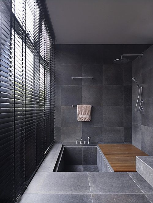 Luss for You - Banheiro com persiana laminada black