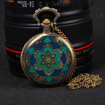 Llévalo por solo $31,700.Contraste de diamante Colores del tirón del reloj de bolsillo de cuarzo retro Tabla Cadena.