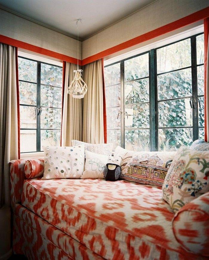 Stunning wohnideen wohnzimmer oranges muster und viele dekokissen