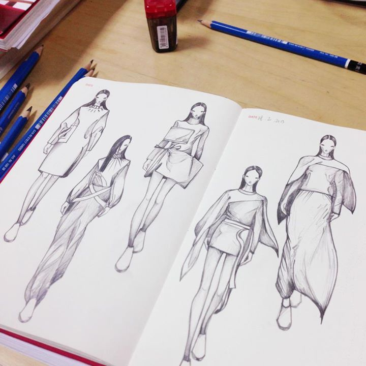 Sketching the J.W.ANDERSON AW13 on Fashionary sketchbook For the process, please check out: http://vine.co/v/bXh2ZOEYT1X