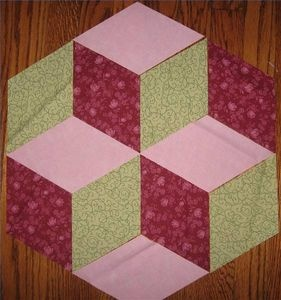 "How to make tumbling blocks quilt...  Good tutorial.  <("")"